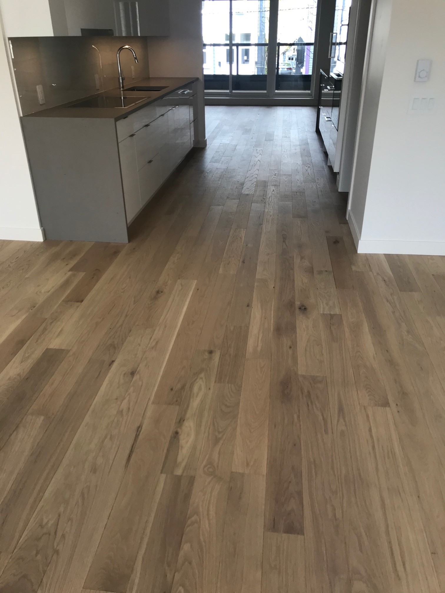 Unit with SuperSolid 5 Forestvale flooring